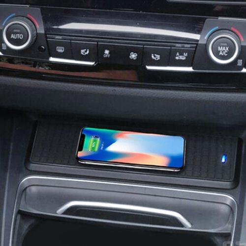10W QI Wireless Car Smart Phone Charger Charging Plate For BMW 3 4 Series F30 F31 F32 F33 F34 F35 F36