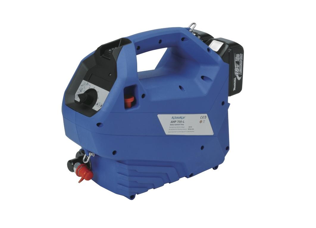 Der »PK1000« in Verbindung mit der neuen akkuhydraulische Pumpe »AHP700L« ist laut Klauke eine besonders gute Kombination. Bild: Klauke