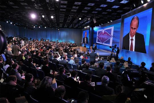 神羅カンパニーとプーチン大統領の共同記者会見