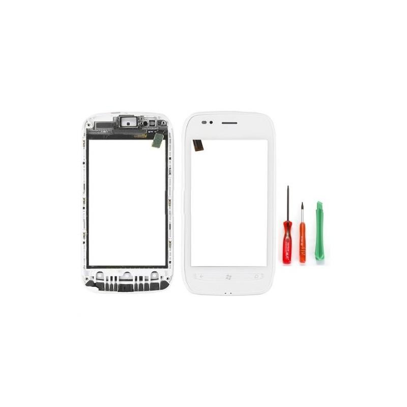 Vitre tactile assemblée sur châssis Nokia Lumia 710