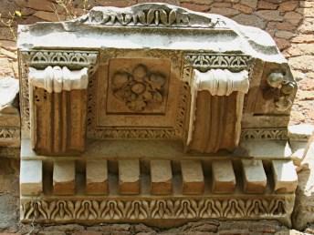 Tempio di Roma e Augusto