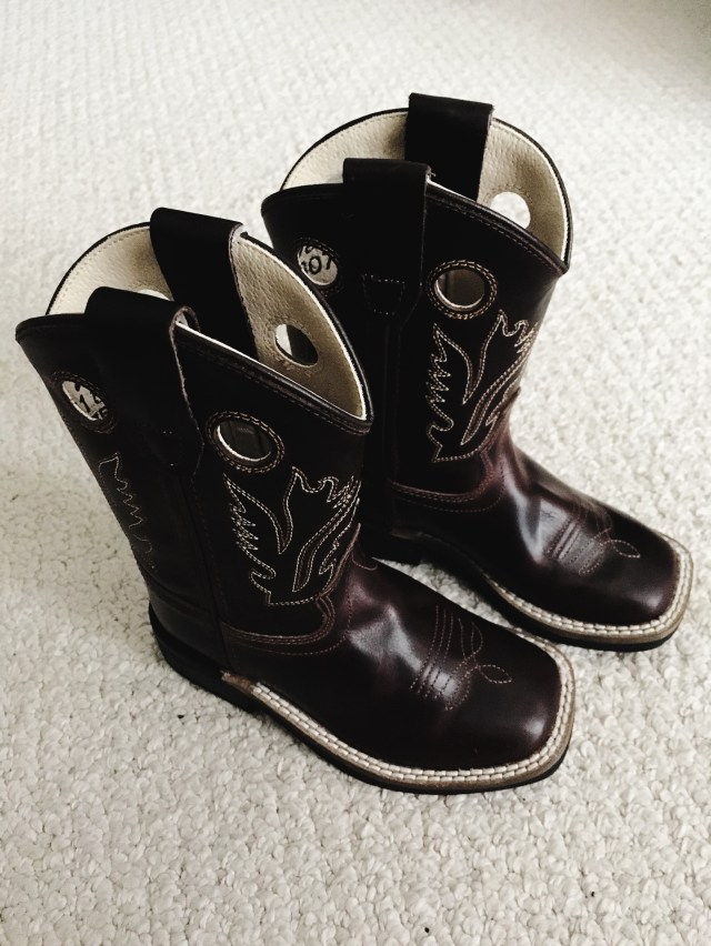 I Adore What I Love Blog // Weekly Wins #6 // Baby Cowboy Boots // www.iadorewhatilove.com #iadorewhatilove