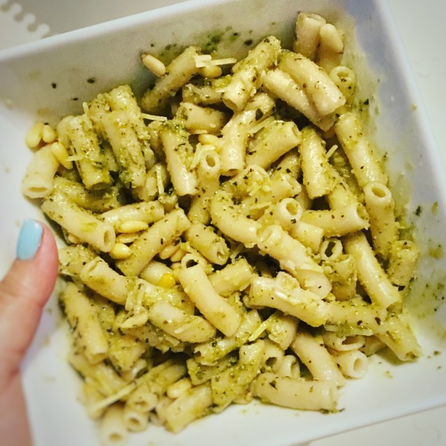 I Adore What I Love Blog // WEEKLY WINS #16 // Pesto Pasta // www.iadorewhatilove.com #iadorewhatilove