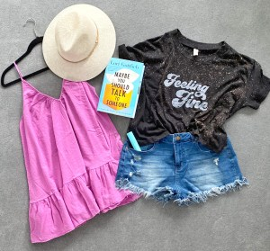 I'M GOING TO MEXICO! PACKING THESE 6 BEACH VACAY ESSENTIALS! :: I Adore What I Love Blog :: www.iadorewhatilove.com #iadorewhatilove