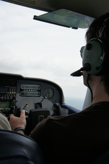pilot-393048_1920