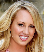 Headshot of Brett Rossi