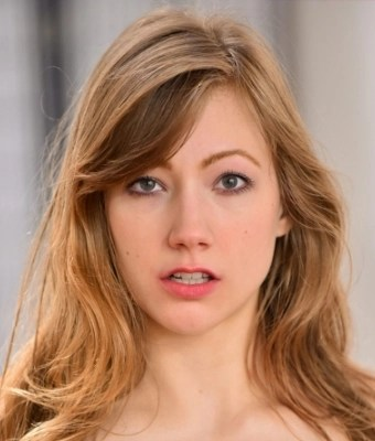 Headshot of Ivy Wolfe