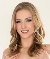 Headshot of Karla Kush