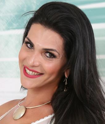 Headshot of Raphaella Ferrari