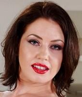 Headshot of Sarah Shevon
