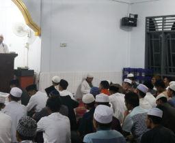 Safari Ramadhan 1349 H : Rektor Tanamkan Nilai Filosofis Puasa