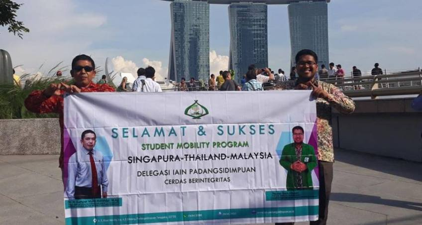 75 Peserta Student Mobility Program Mengunjungi IPT Al-Zuhri Singapura dan UKM Malaysia