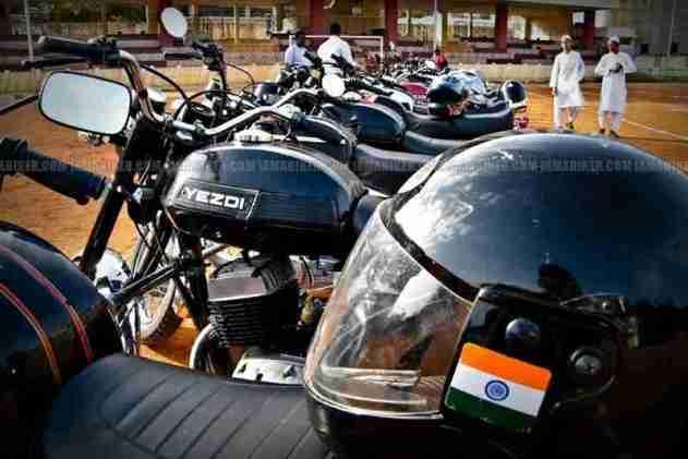 Jawa - Yezdi day Bangalore01