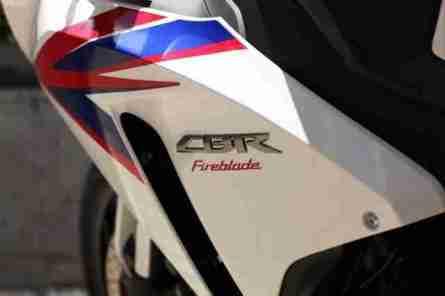 2012 Honda CBR1000RR 03