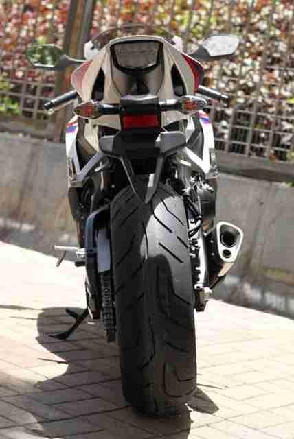 2012 Honda CBR1000RR 08