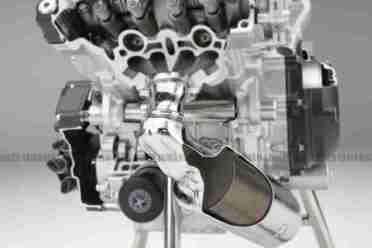 Honda Integra 700 superscooter 03