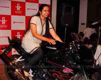 Hyosung Garware Bangalore 04Satya Mitra Motors