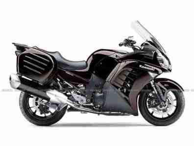 2012 Ninja GTR 1400 01 IAMABIKER