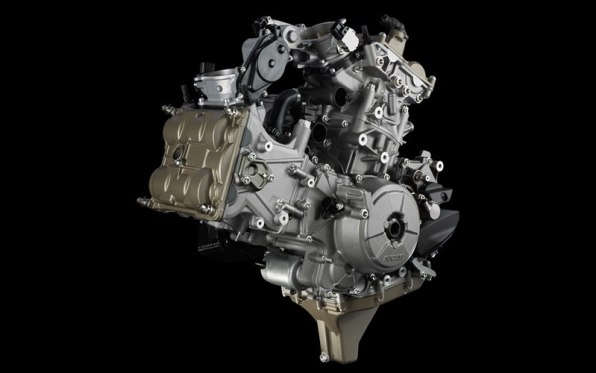 Ducati Superquadro Engine 04 IAMABIKER