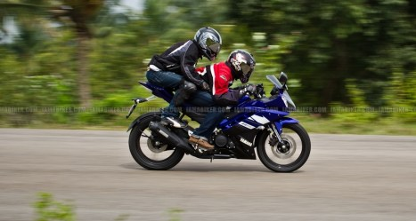 New Yamaha R15 V2.0 2011 37