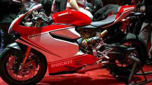 Ducat 1199 Panigale 05 IAMABIKER