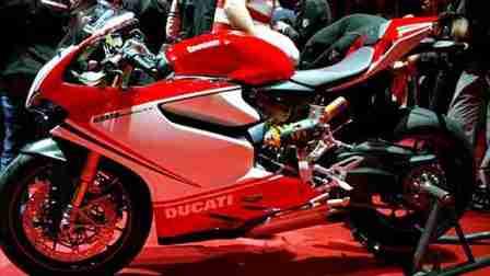Ducati 1199 Panigale photographs