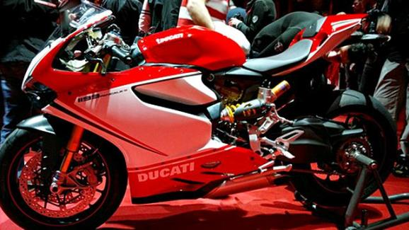 Ducati 1199 Panigale photographs