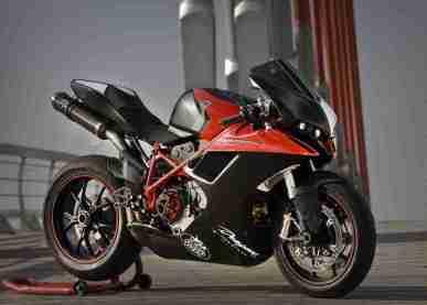 Vendetta bodykit for your Ducati from Radical Ducati and Dragon TT 05 IAMABIKER