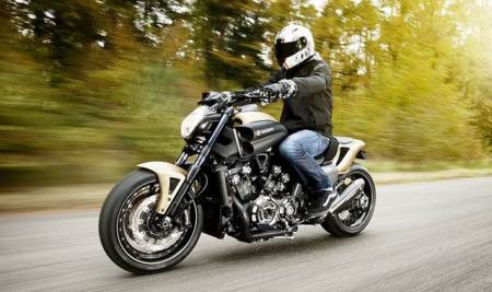 Yamaha Vmax modded by Ludovic Lazareth, Roland Sands and Marcus Walz