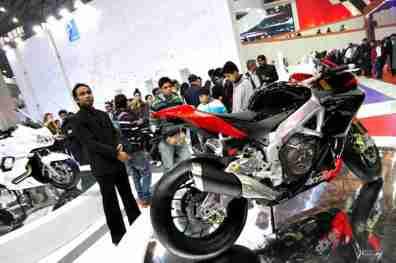 Aprilia - Piaggio Auto Expo 2012 India 04