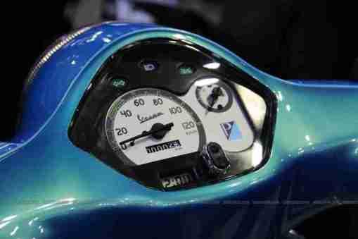 Auto Expo 2012 Vespa