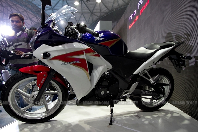 Honda CBR 250 HRC colours Auto Expo Delhi
