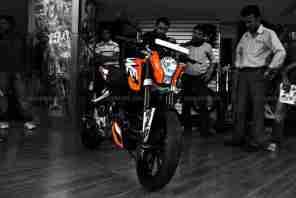 KTM Duke 200 02