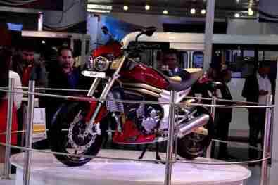 Mahindra 2 wheelers Auto Expo 2012 01