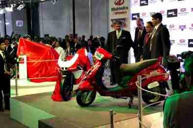 Mahindra 2 wheelers Auto Expo 2012 India 39