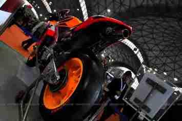 Repsol Honda RC212V Auto Expo 2012 03