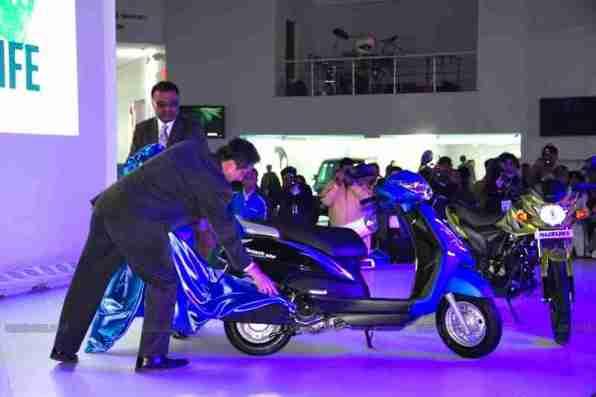 Suzuki Auto Expo 2012 India -16