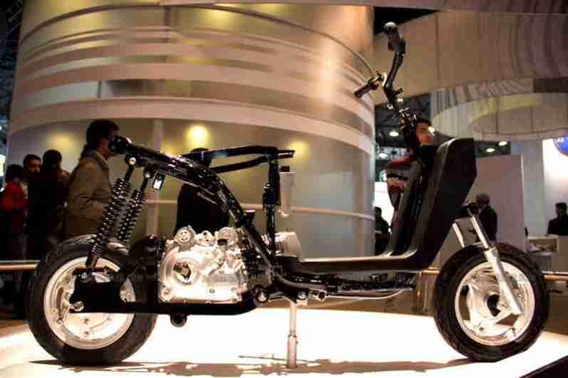 TVS Auto Expo 2012 India 15