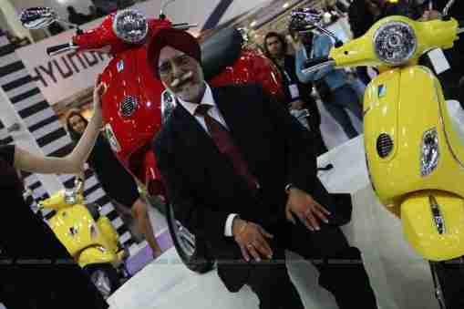 Vespa - Piaggio Auto Expo 2012 India 04