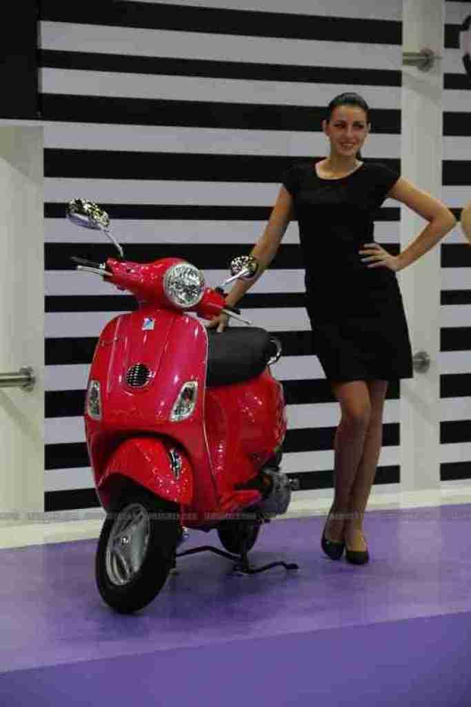 Vespa - Piaggio Auto Expo 2012 India 05