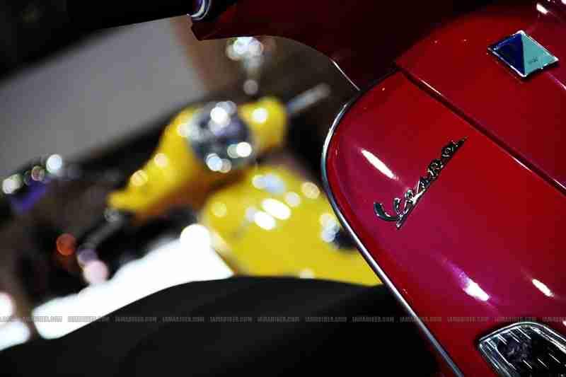 Vespa - Piaggio Auto Expo 2012 India 21