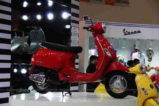 Vespa - Piaggio Auto Expo 2012 India 22