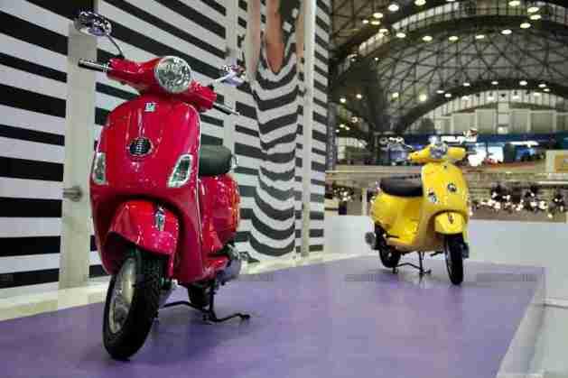 Vespa - Piaggio Auto Expo 2012 India 49
