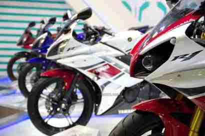 Yamaha R15 V 2.0 50th Anniversary edition Auto Expo 2012 India
