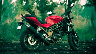 Hyosung GT650N wallpapers