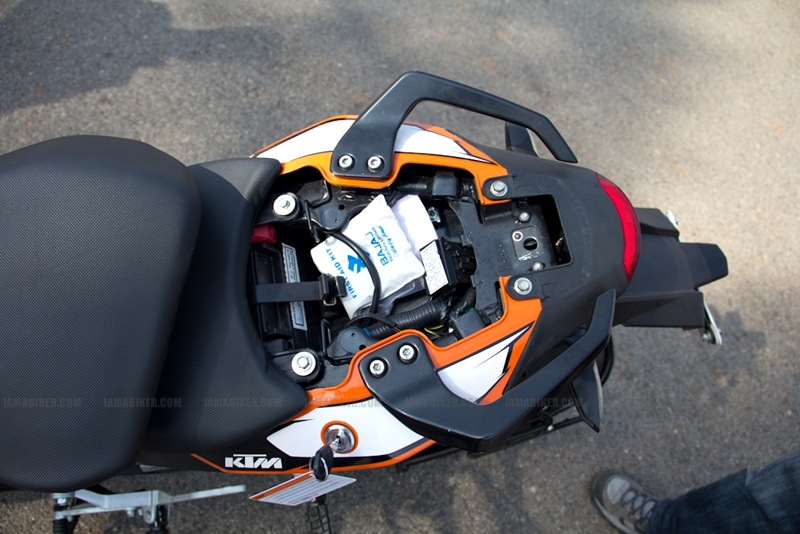 KTM Duke 200 Review - Parts Details 26
