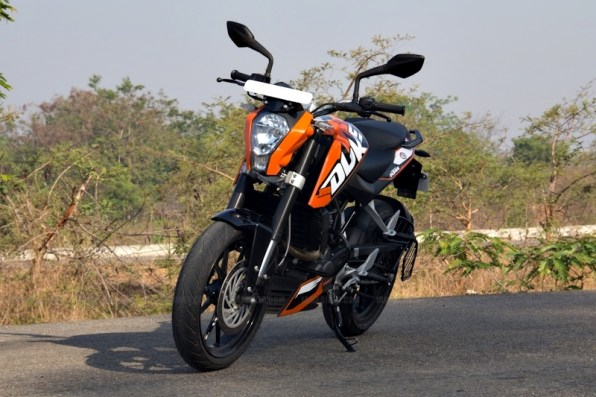 KTM Duke 200 review 01