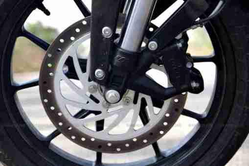 KTM Duke 200 review 16