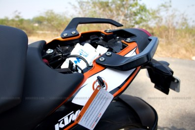 KTM Duke 200 review 27