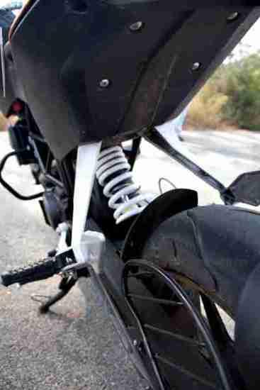 KTM Duke 200 review 28